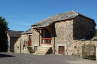 charlottes-barn-holiday-apartment-tavistock-MAIN