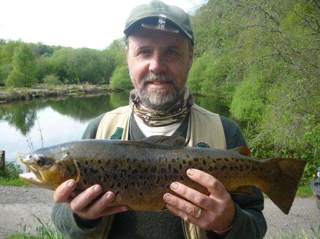 P1010548_tavistock_fishery